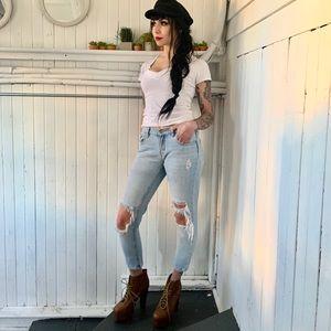 Bullhead boyfriend skinny jeans